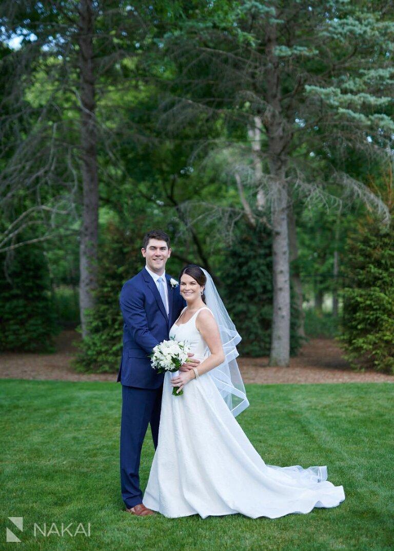 chicago north shore wedding photos bride groom backyard