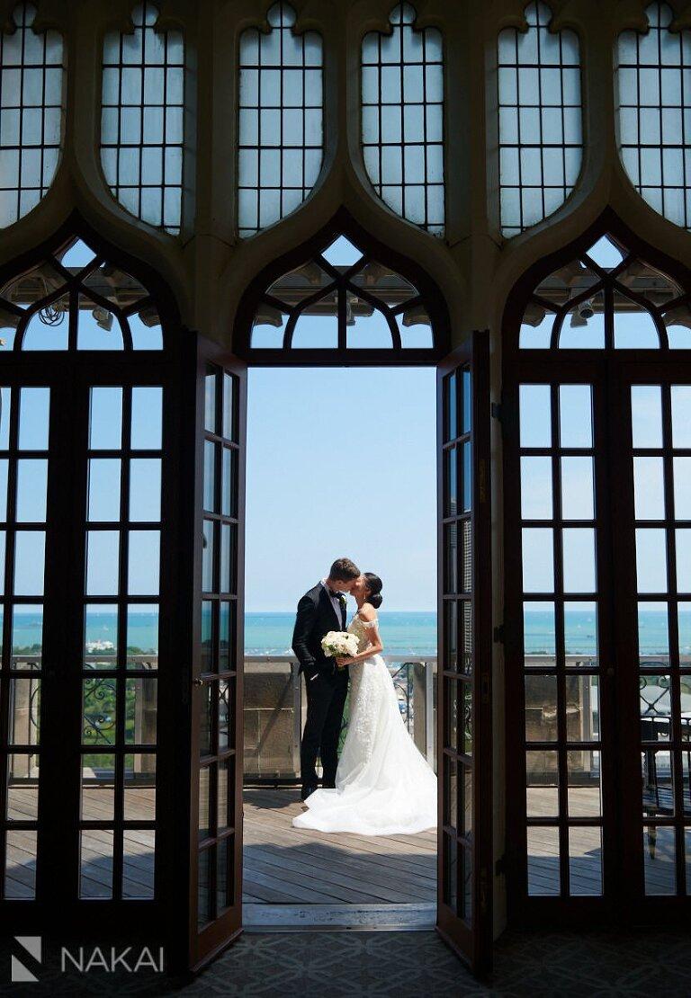 beautiful chicago wedding photos University Club of Chicago
