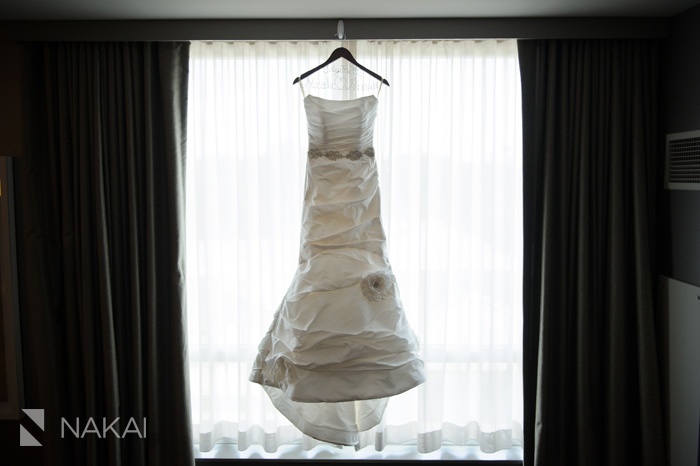 intercontinental ohare wedding dress photo