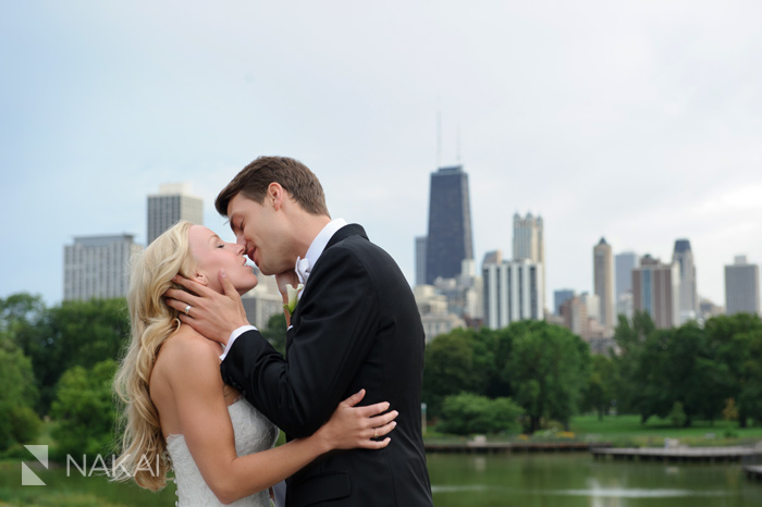 chicago skyline wedding photo photographer