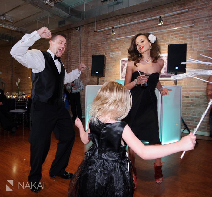 chicago-floating-world-gallery-wedding-photos-nakai-photography-052