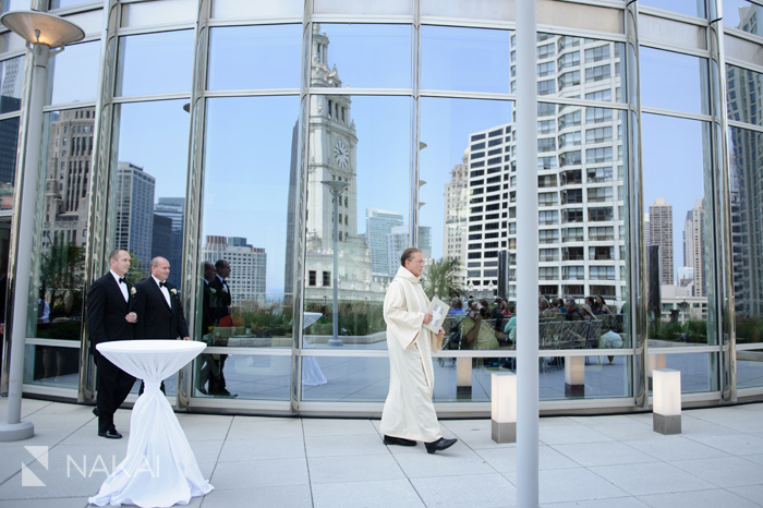 trump hotel chicago wedding ceremony photographer