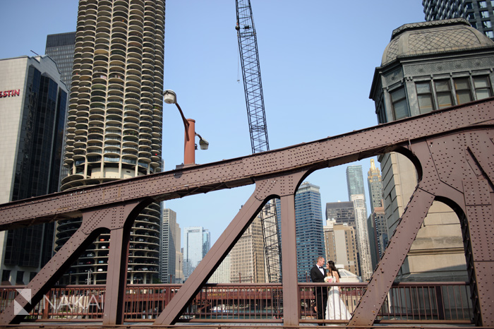 chicago bridge wedding photo