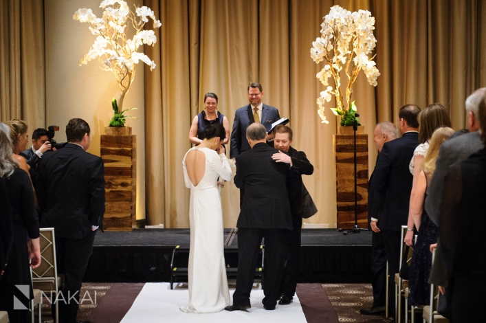 chicago-5-star-hotel-wedding-pictures-nakai-photography-047