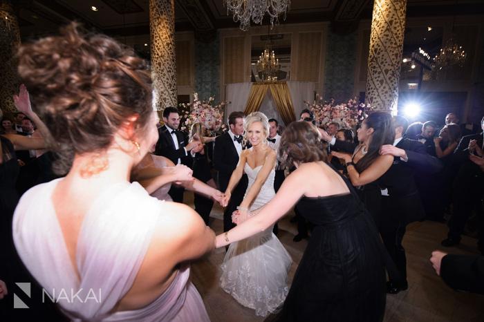 drake-luxury-chicago-wedding-photos-nakai-photography-072