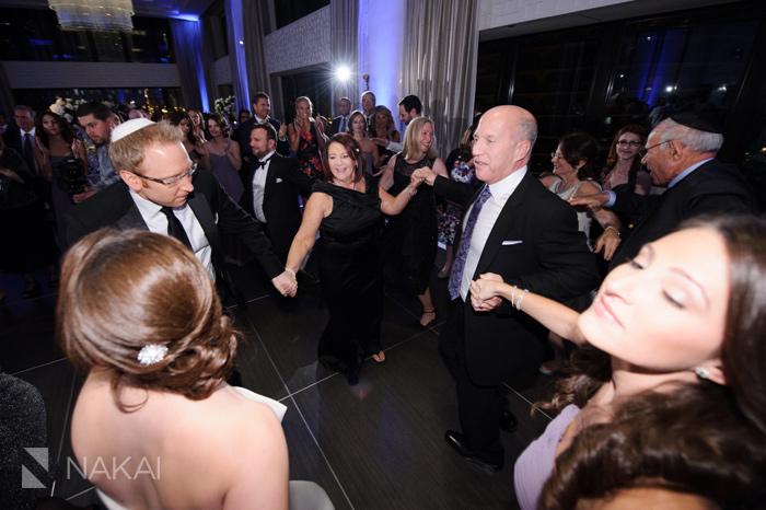wedding-photographer-langham-chicago-nakai-photography-053