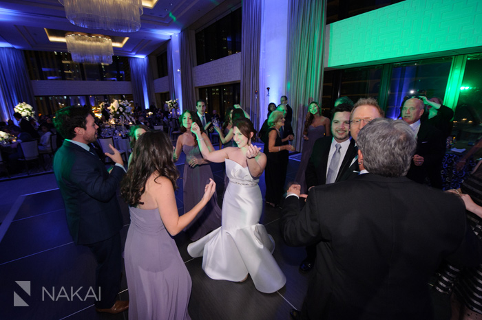 wedding-photographer-langham-chicago-nakai-photography-061