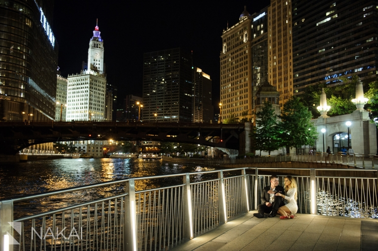 best night chicago pictures locations engagement photos