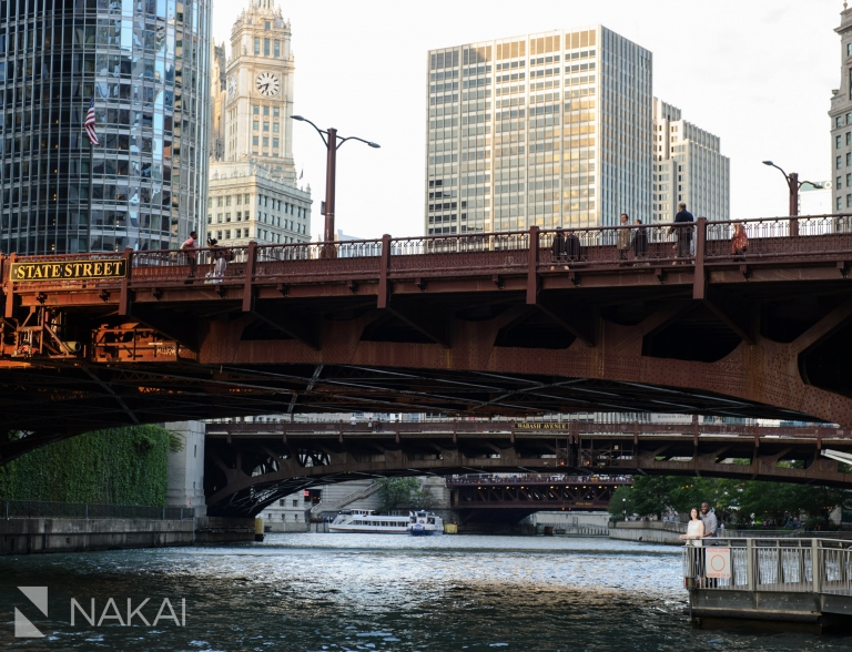 chicago engagement photos riverwalk