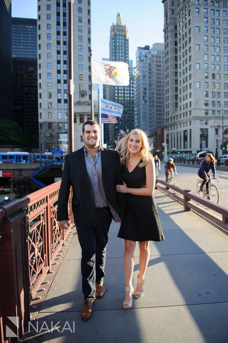 michigan avenue top chicago engagement photo location