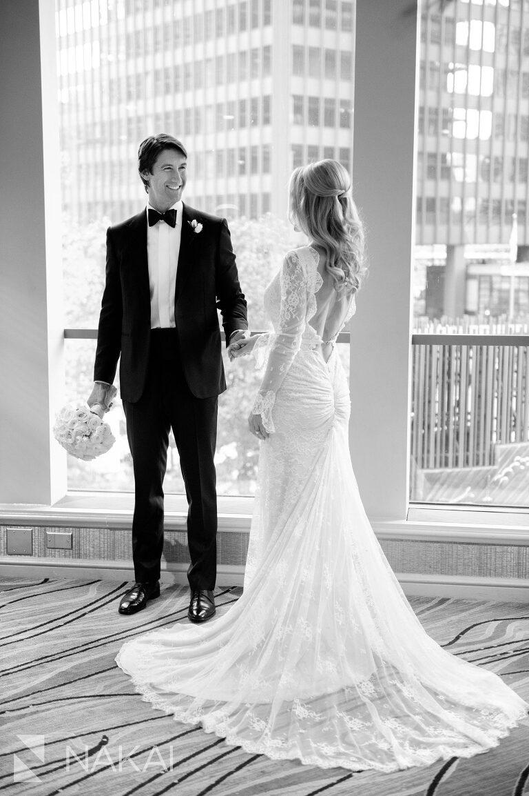 fairmont chicago luxury wedding picture bride groom