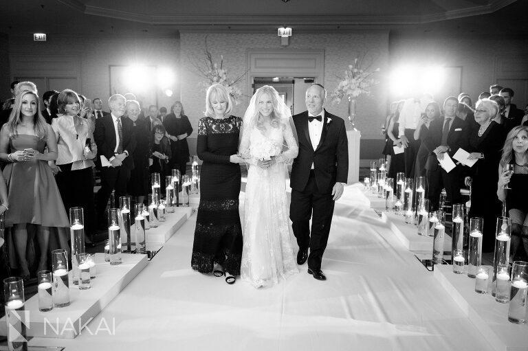 chicago fairmont wedding ceremony picture aisle
