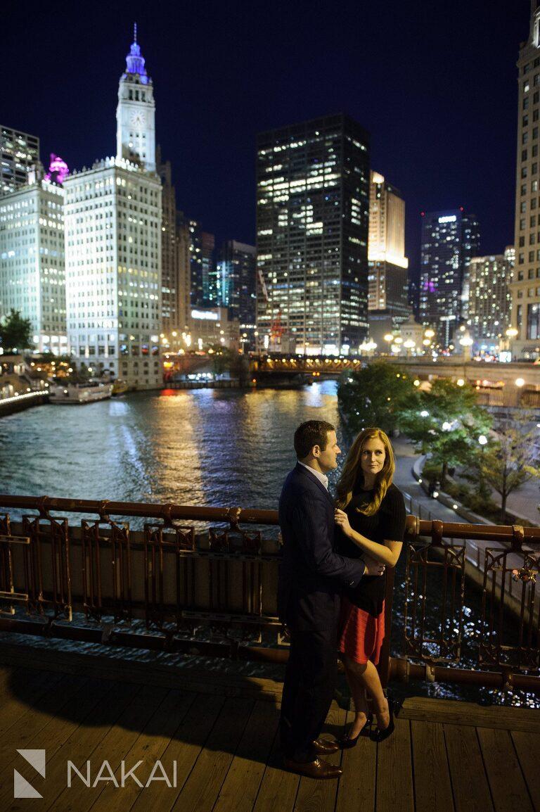 chicago riverwalk photo best engagement location