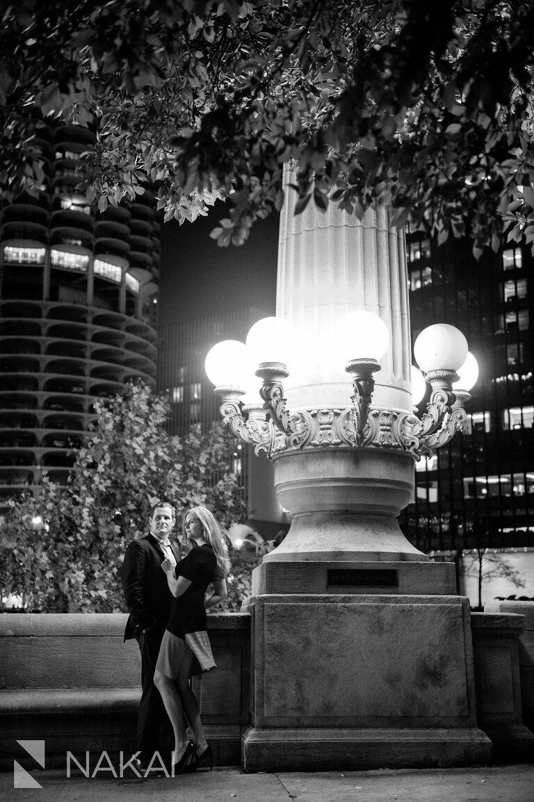 chicago riverwalk picture best engagement location