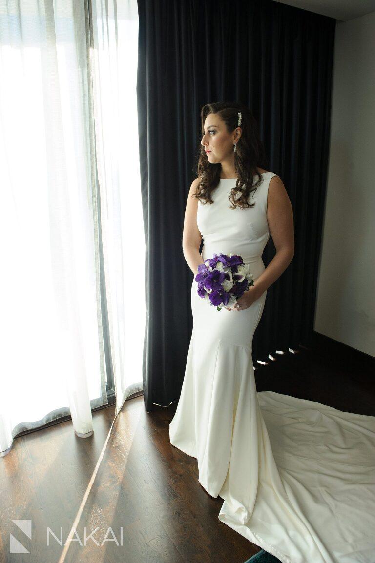 aqua-blu-wedding-pictures-radisson-chicago-nakai-photography-009