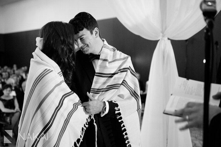 radisson-blu-wedding-photos-chicago-aqua-nakai-photography-039