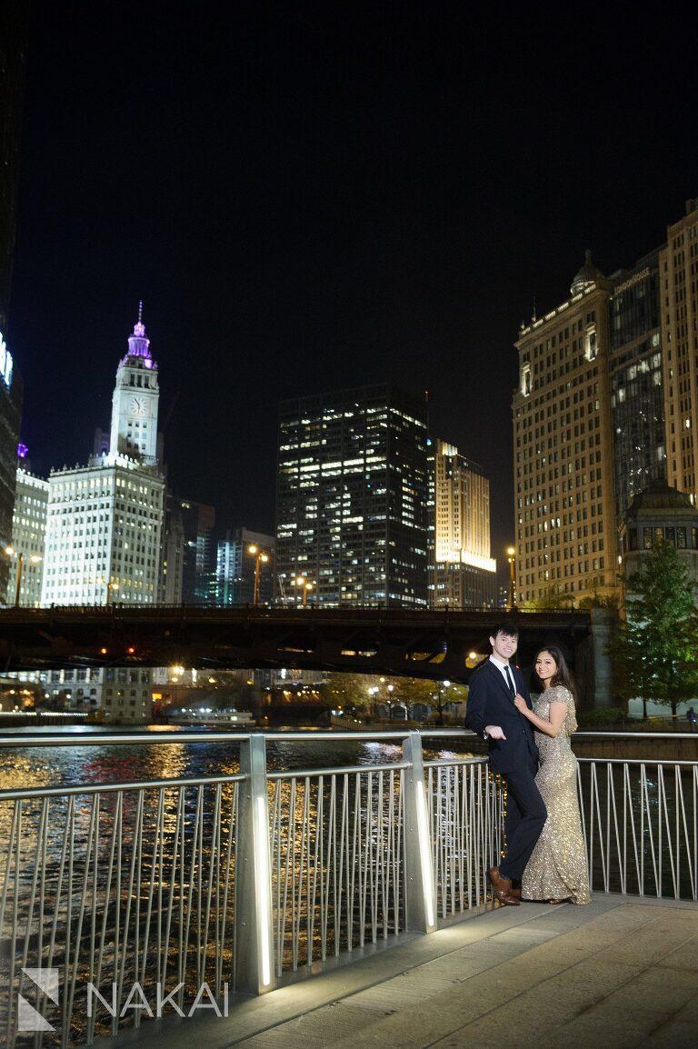 riverwalk engagement photographer chicago night time