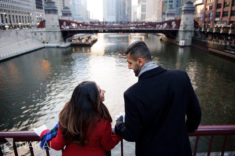 winter chicago engagement session photo river bridge