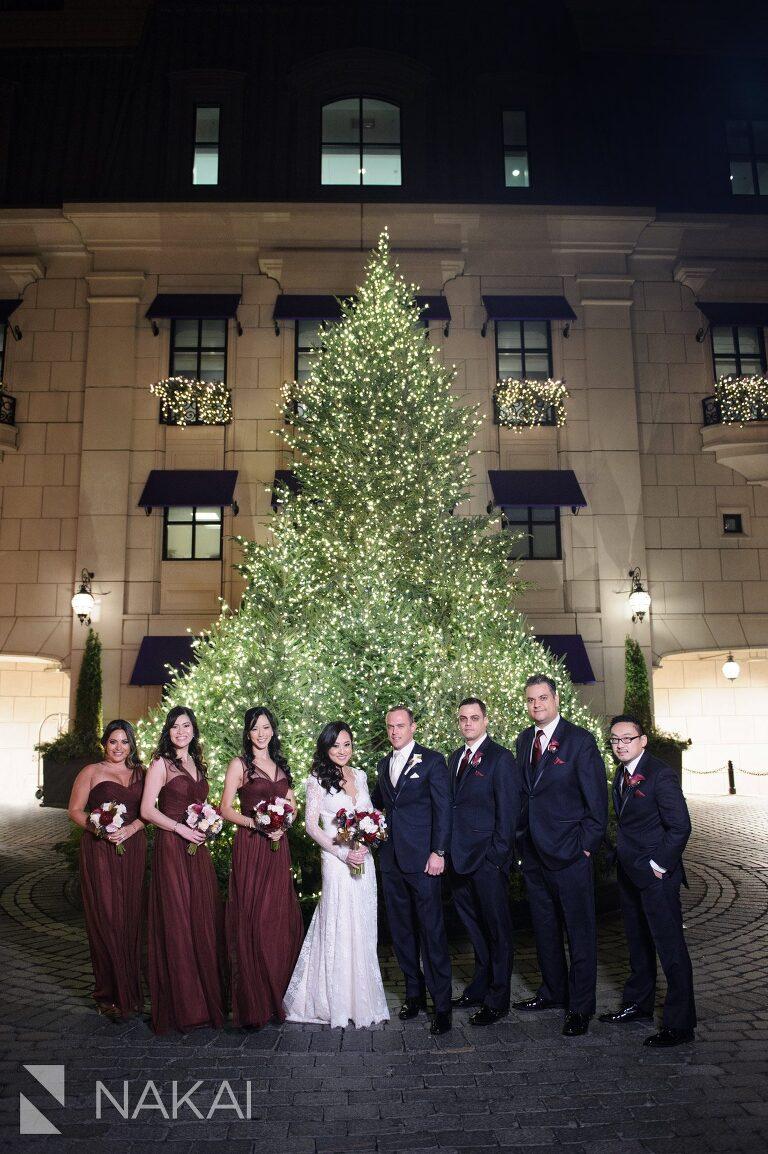 chicago waldorf wedding pictures bride groom lobby
