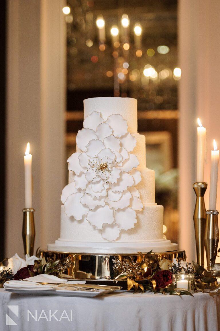 chicago waldorf wedding picture cake