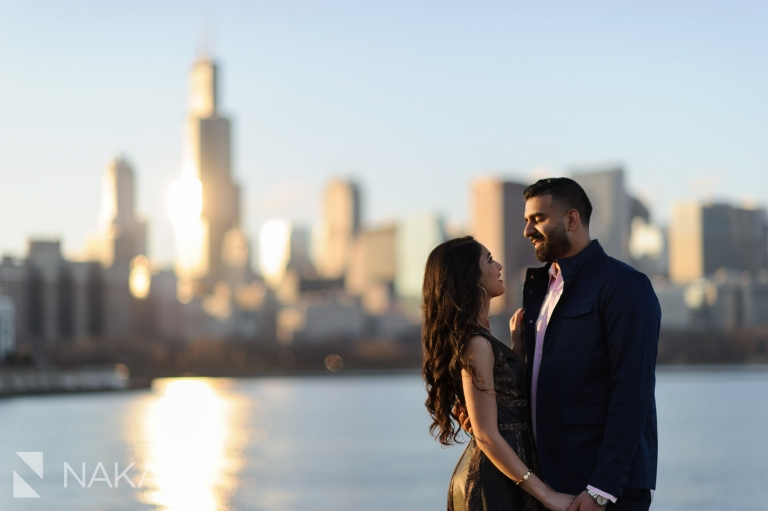 best chicago engagement locations photographer skyline