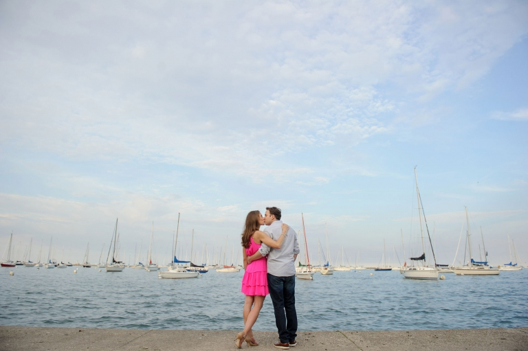 chicago engagement picture cute fun