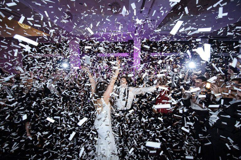 wedding documentary photojournalistic photography chicago photographer radisson blu aqua