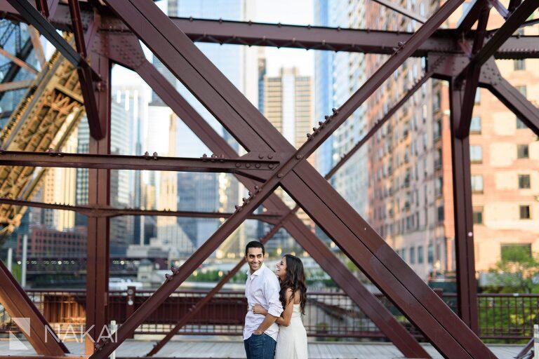 best Chicago engagement spot photographer kinzie bridge street