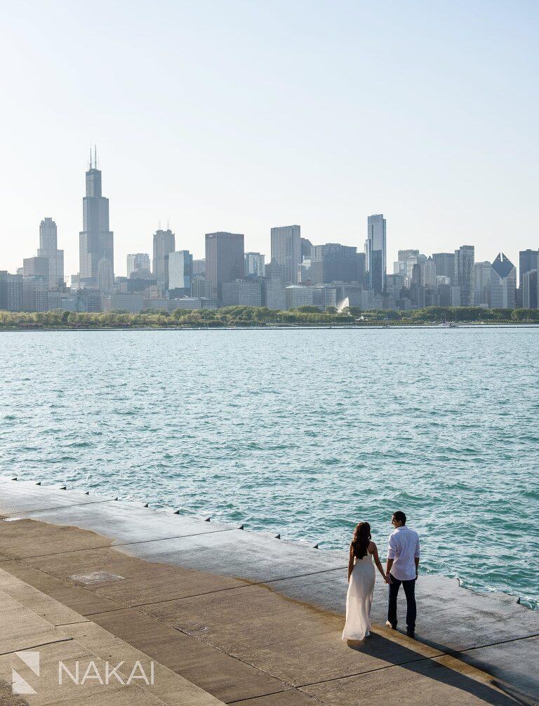 best Chicago engagement spot photographer Adler planetarium skyline