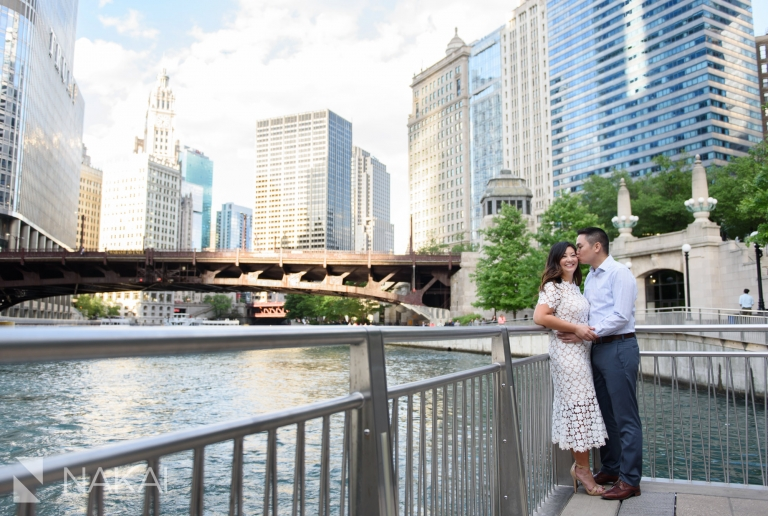 riverwalk top Chicago engagement picture spot