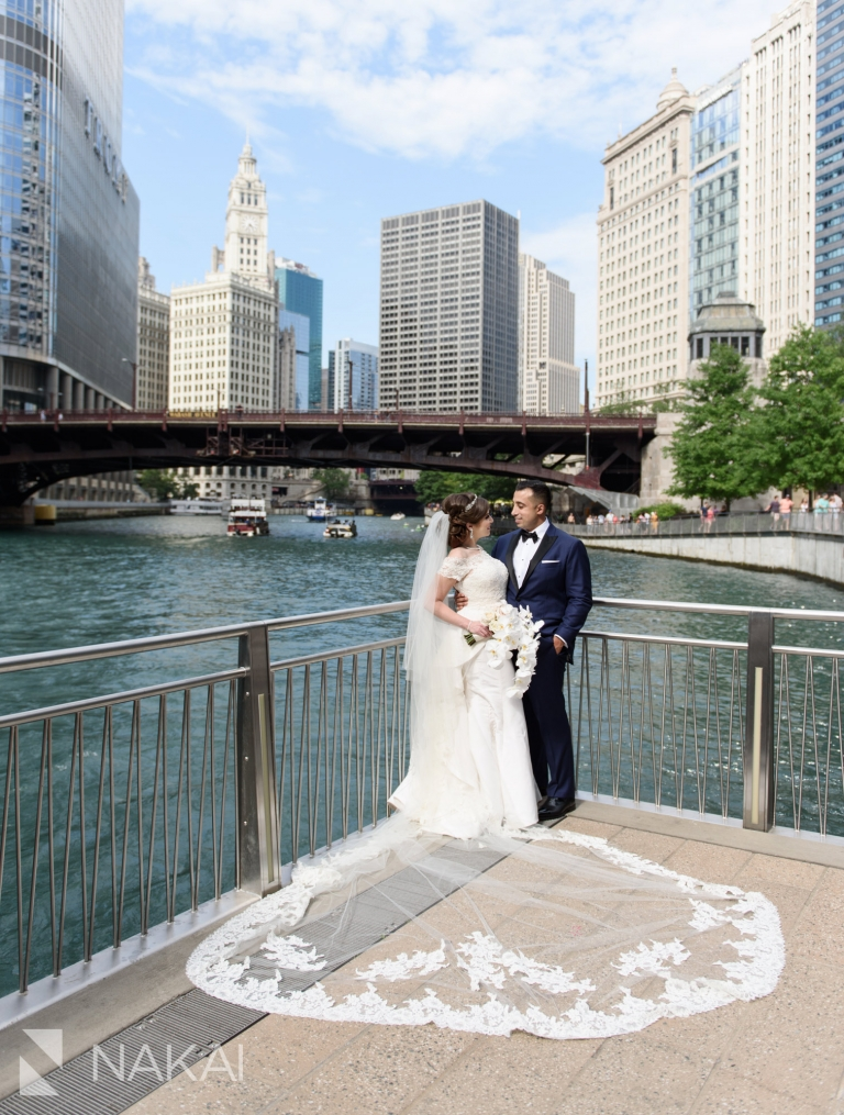 Best Chicago Wedding Photographer Locations Riverwalk