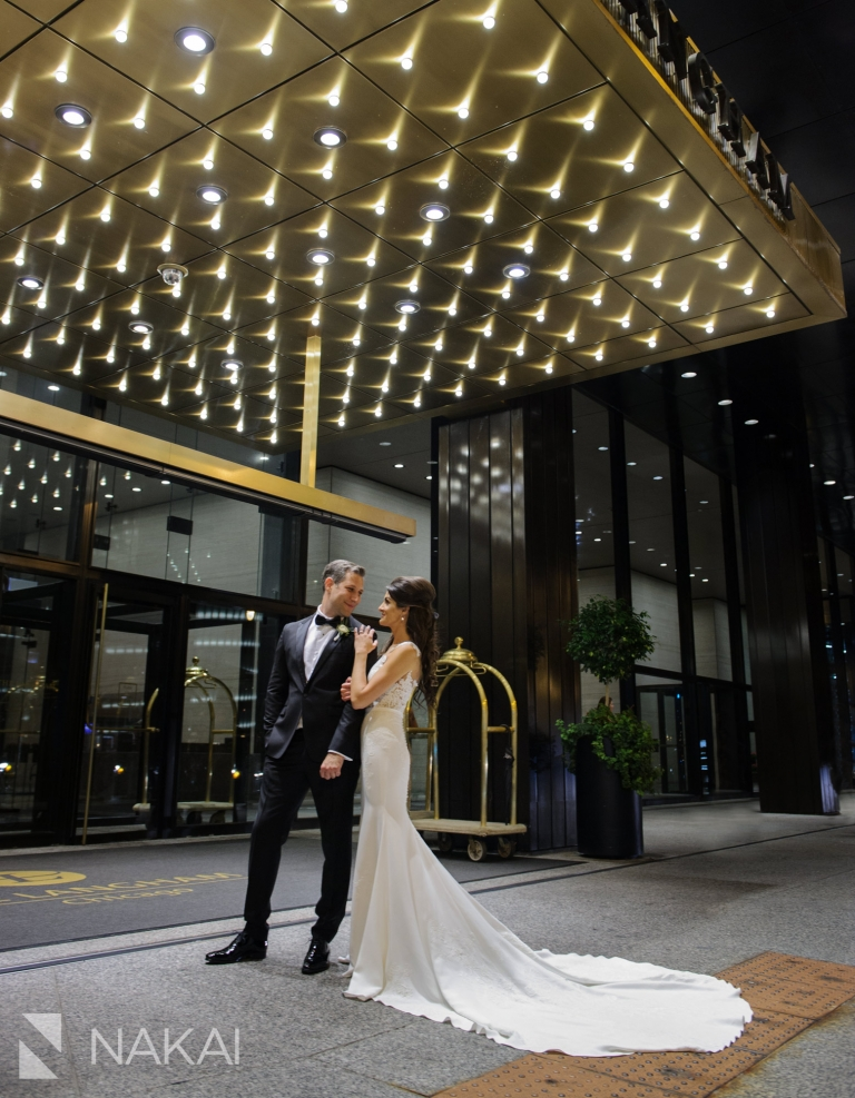 best Chicago luxury wedding venue hotel photographer Langham