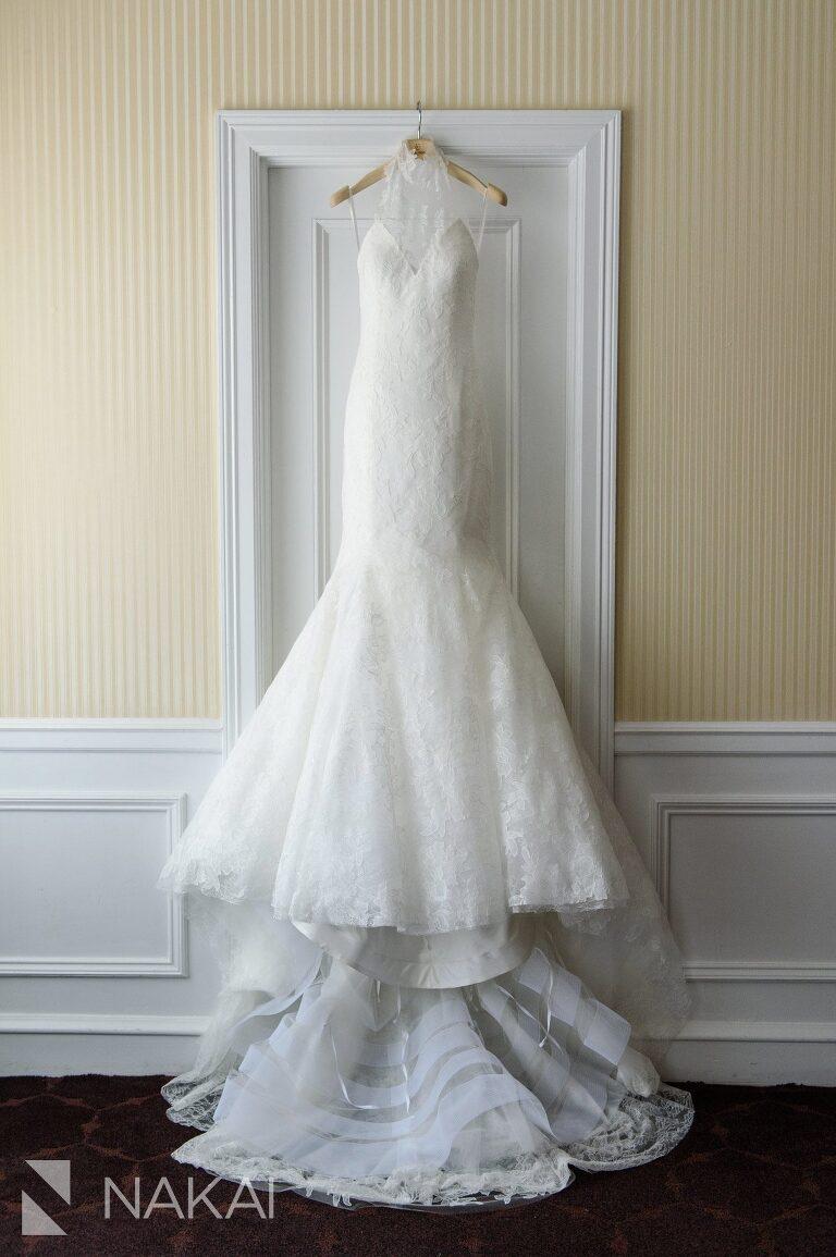 Vera wang dress drake chicago wedding photographer