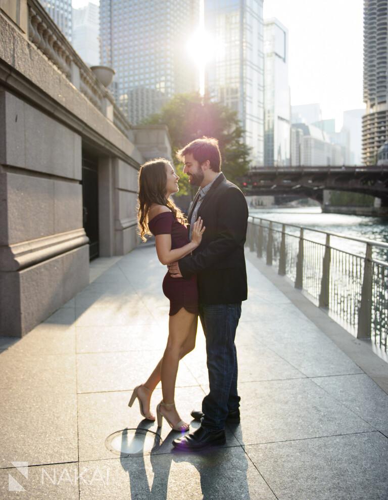 riverwalk chicago engagement photos