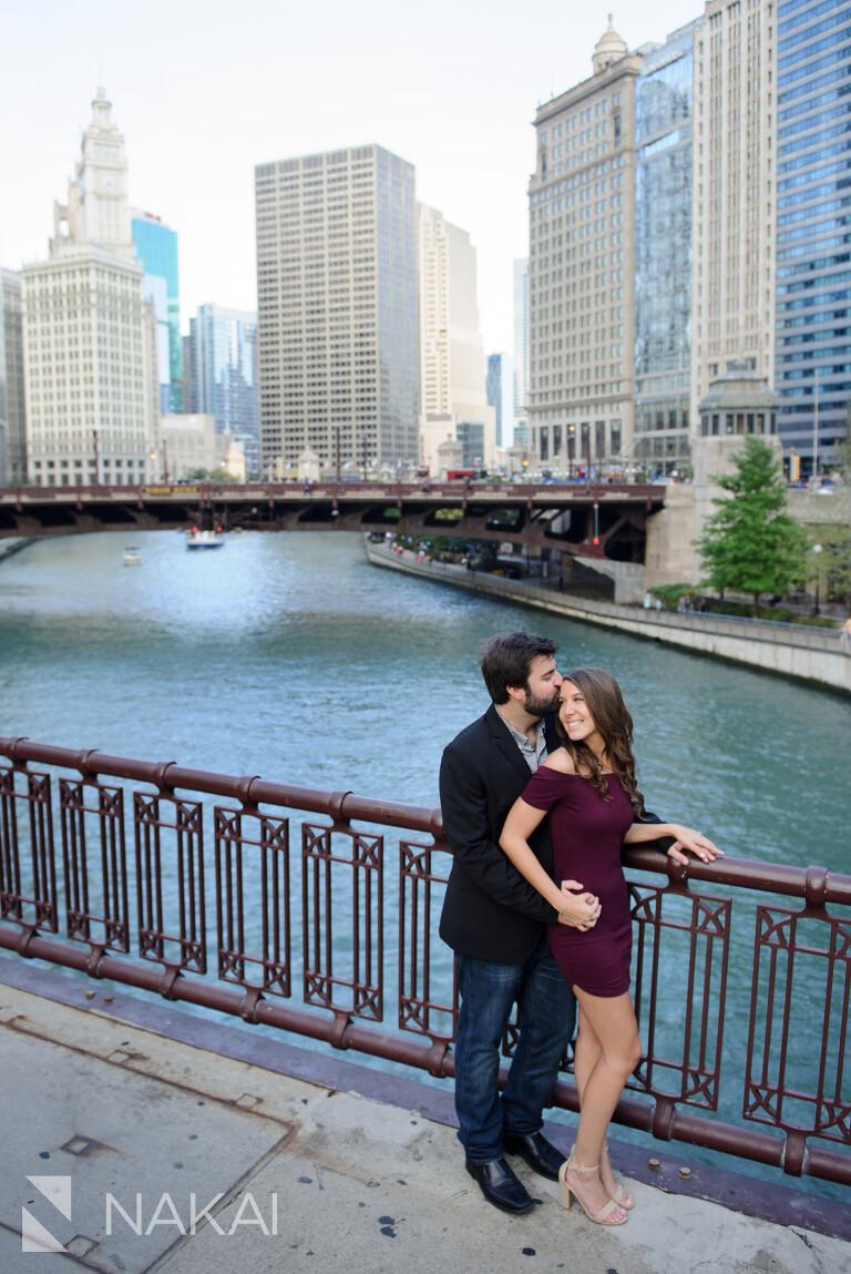 riverwalk chicago engagement pictures