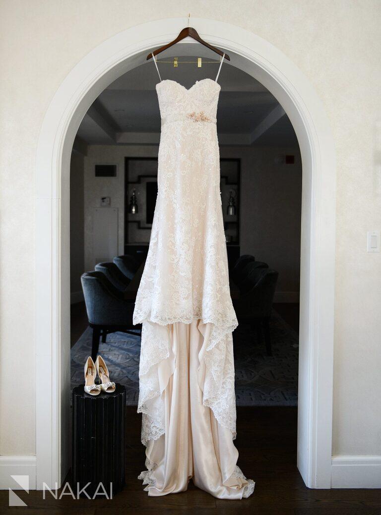 chicago intercontinental wedding photographer bride details