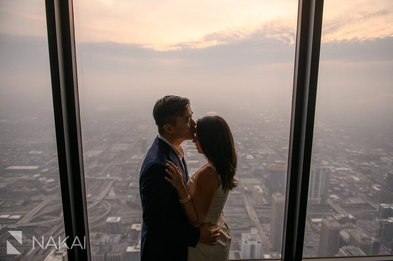 willis tower skydeck engagement photos chicago