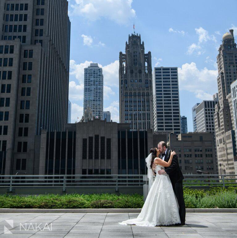 loews chicago wedding photo rooftop patio