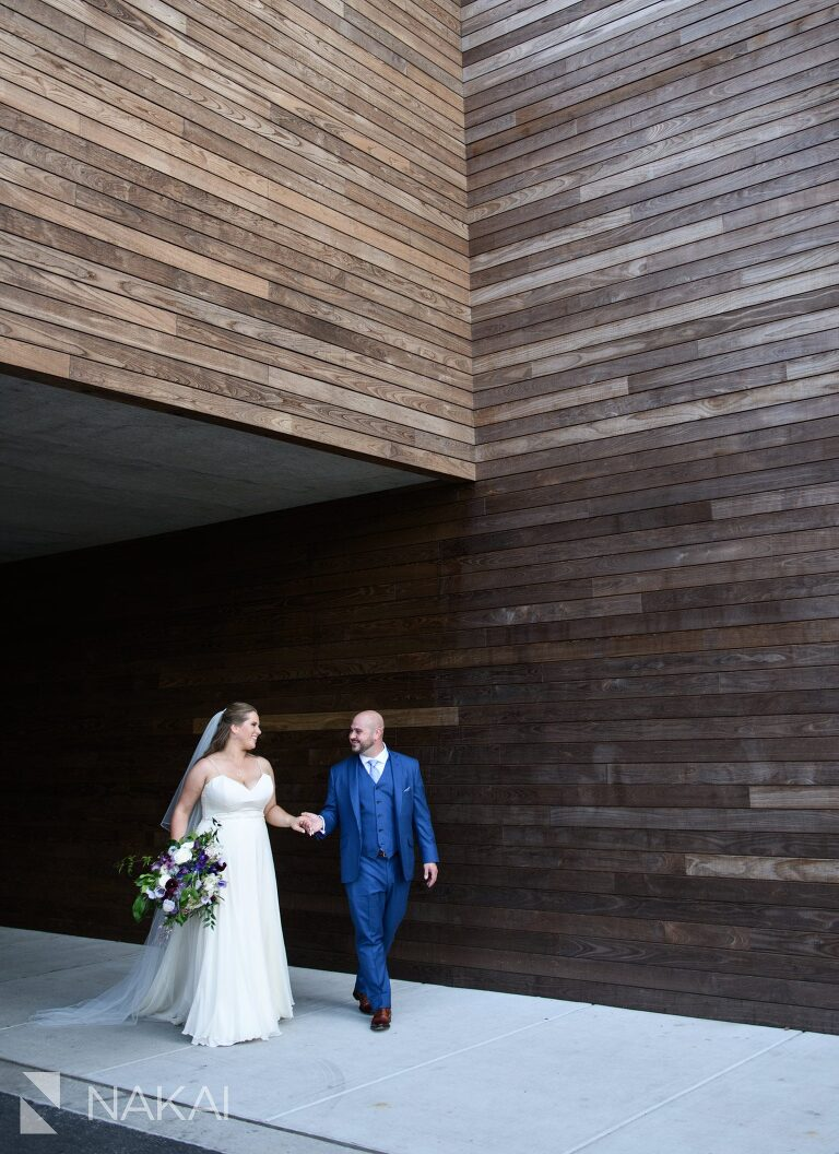 hotel at midtown Chicago wedding photo bride groom