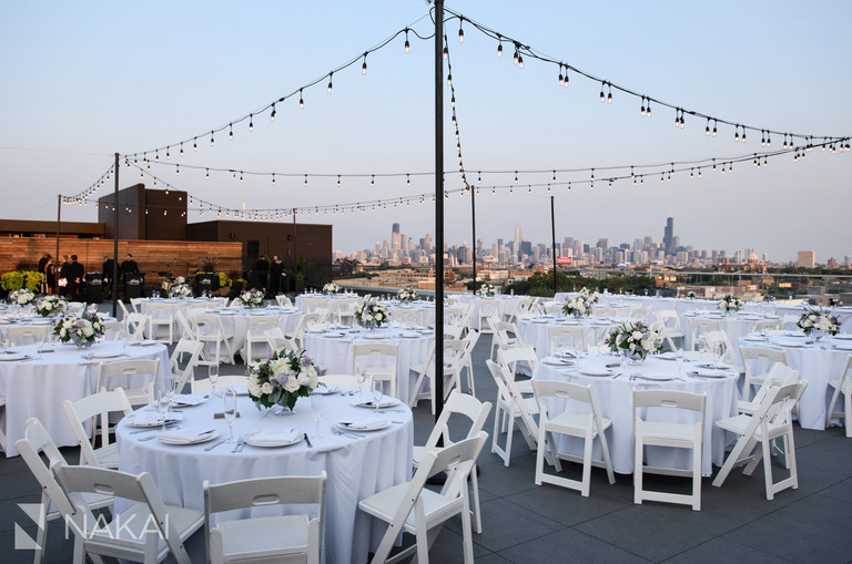 midtown Chicago hotel wedding pictures rooftop