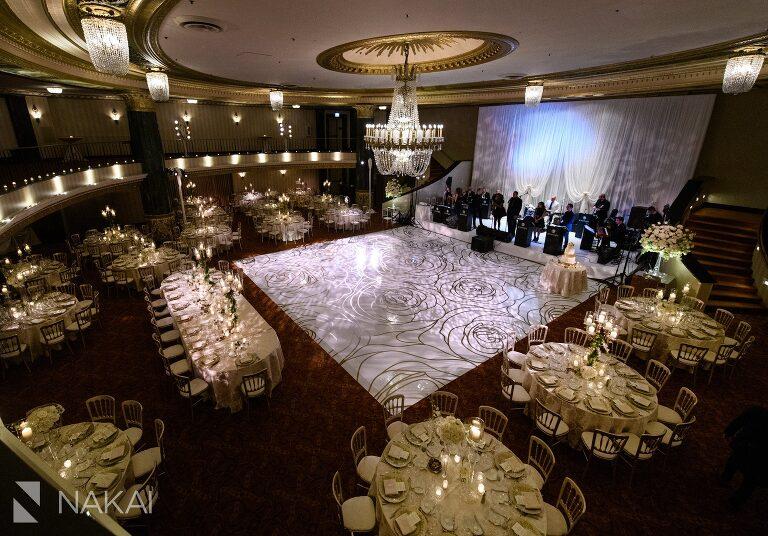 Michigan avenue intercontinental wedding photos