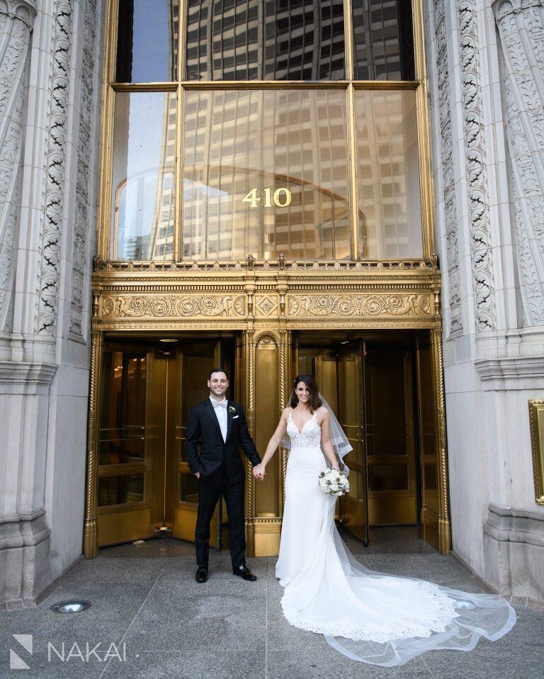 chicago intercontinental magnificent mile wedding photos bride groom