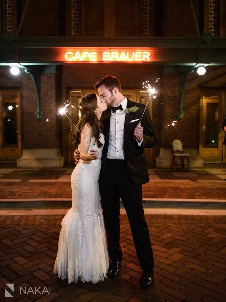cafe Brauer bride groom picture sparklers kissing