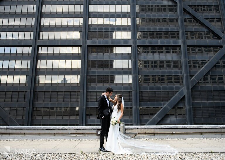 best ritz Carlton chicago rooftop wedding photo bride groom