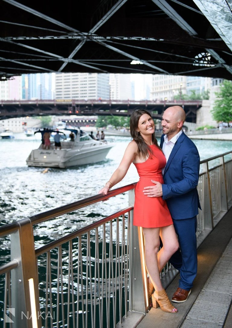 destination engagement photos chicago riverwalk