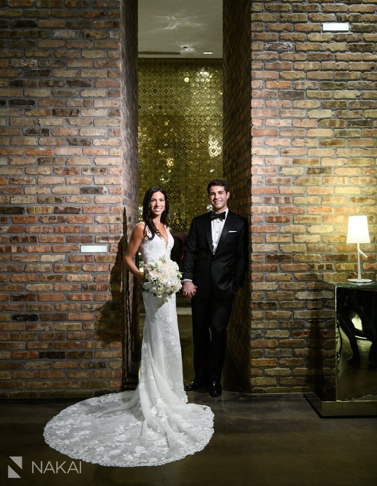 chicago Radisson blu wedding pictures bride groom