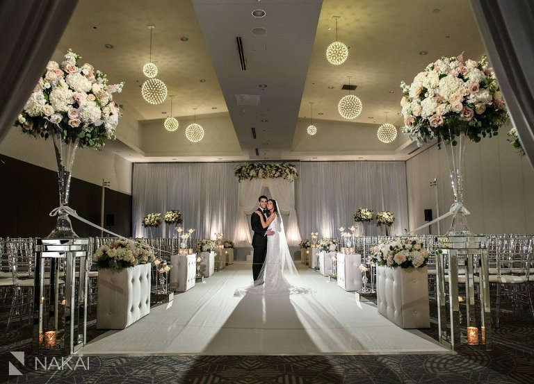 chicago Radisson blu wedding photos bride groom