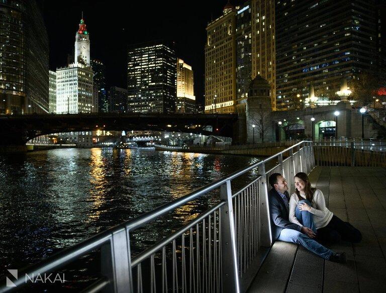 chicago proposal photo engagement riverwalk night