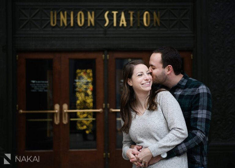 chicago proposal pictures engagement union station