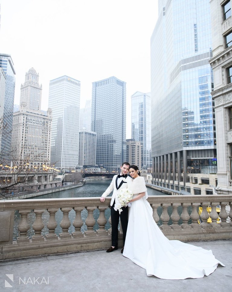 chicago winter wedding photographer bride groom river